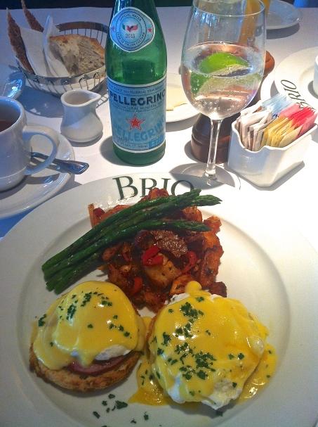 Brio Eggs Benedict